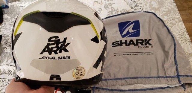 Capacete Shark Skwal Cargo - Viseira Solar e Led. Tamanho 59/60 Large. - Foto 4
