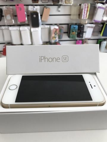 Iphone SE gold de 16gb semi novo!