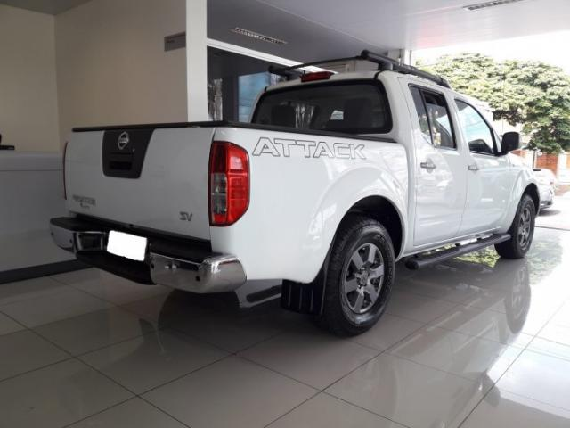 Nissan Frontier 2014 2.5 sv attack 4x4 cd turbo eletronic diesel 4p manual - Foto 4