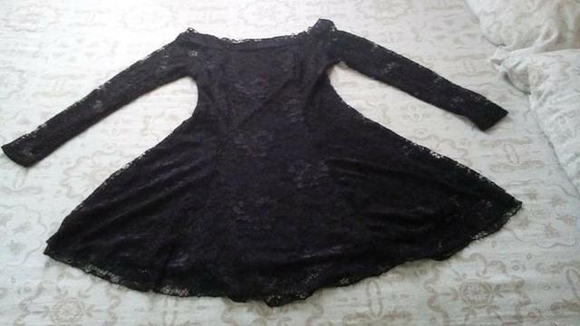 16d253ac8 Vestido preto rodado manga longa renda tamanho M - Roupas e calçados ...
