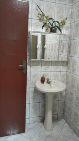 CLN 05 casa escriturada no Riacho Fundo 1, - Foto 2