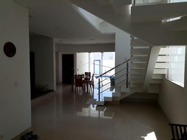 Casa sobrado em condomínio com 5 quartos no Royal Forest - Residence e Resort - Bairro Gle - Foto 2