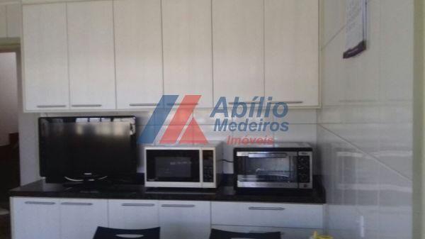 Casa sobrado com 5 quartos - Bairro Bancários em Londrina - Foto 9