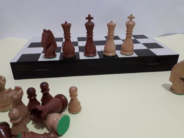 Tabuleiro de xadrez em madeira - Foto 6