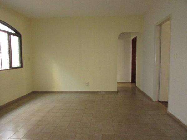 Casa  com 4 quartos - Bairro Jardim América em Goiânia - Foto 6