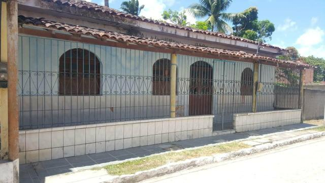 Vende-se ou troca casa na ilha