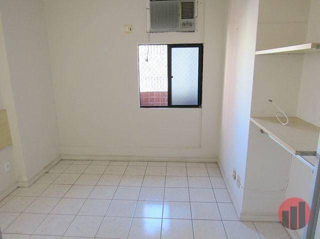 Apartamento com 2 dormitórios para alugar, 70 m² por R$ 1.300,00 - Meireles - Fortaleza/CE - Foto 18