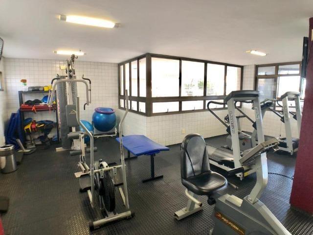 Apartamento no Guararapes - 192m² - 3 Suítes - 3 Vagas (AP0620) - Foto 14