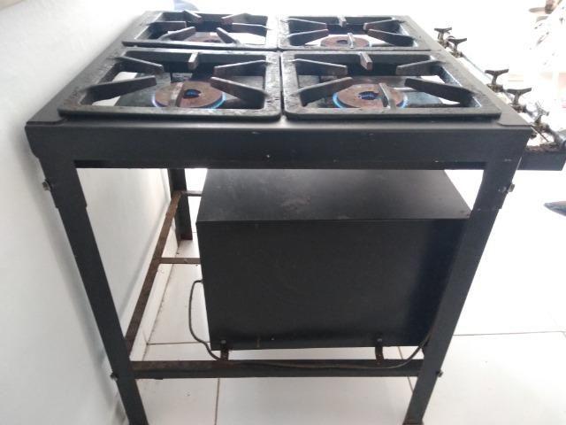 Fogão industrial com forno Progás
