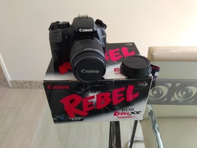 Câmera Digital Canon Rebel XS + Lente + Acessórios