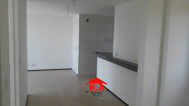 Apartamento com 3 dormitórios à venda, 64 m² por R$ 240.000 - Serrinha - Fortaleza/CE - Foto 4