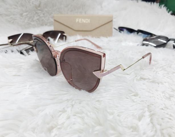 Óculos de sol feminino - Bijouterias, relógios e acessórios - Centro ... f02421ed2d