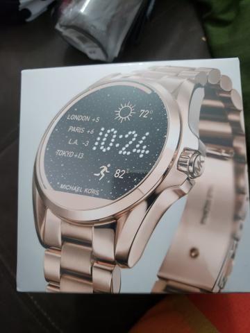Smart watch Michael kors - Bijouterias, relógios e acessórios ... 6d2682b489