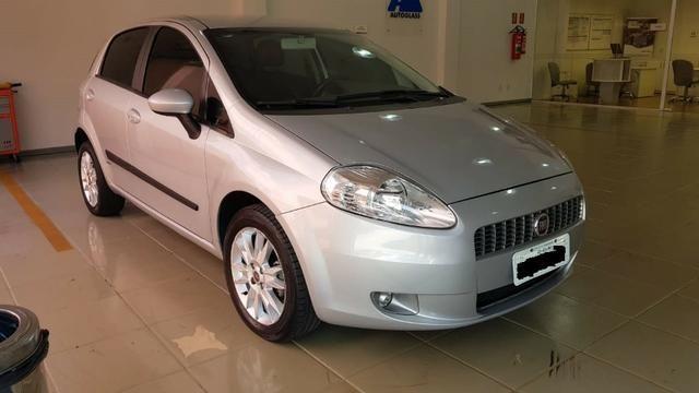Fiat Punto Essence 1.6, semi novo, segundo dono