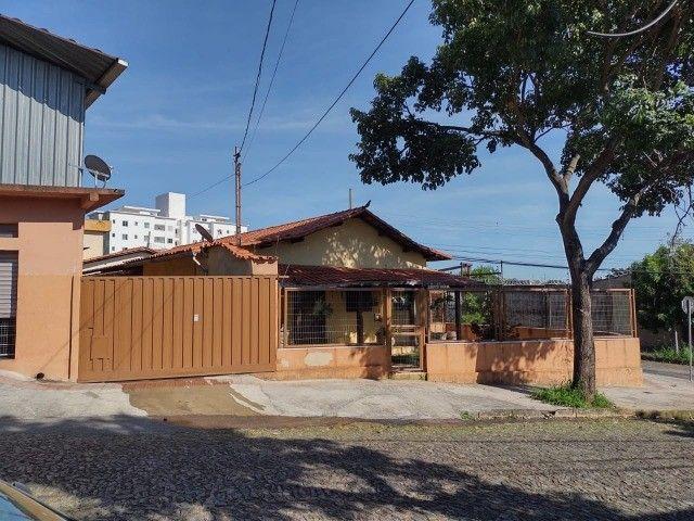 Cod.:2967 Ótima casa 185m² + loja + galpão 418 m² lote 912 m² no Santa Branca - Foto 19