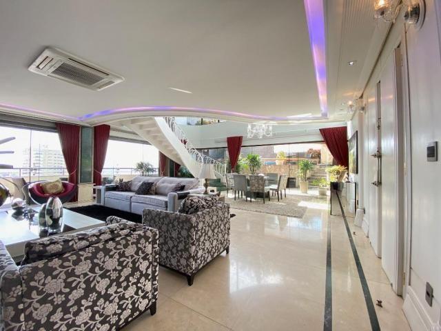 Cobertura espetacular com 495 m² privativos e 6 vagas de garagem - Foto 6