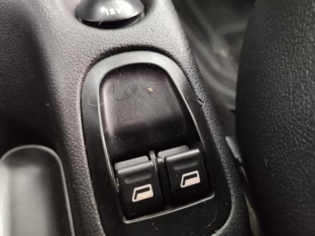 Peugeot 207 2011 1.4 x-line 8v flex 4p manual - Foto 4