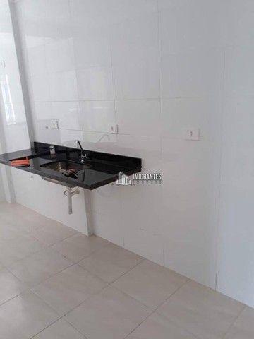Apartamento de 2 dormitórios, sendo 1 suíte, no Boqueirão, em Praia Grande - Foto 6