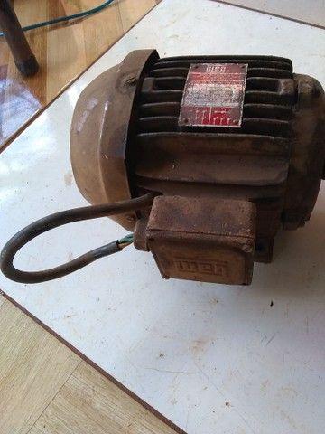 Motor trifásico funcionando $350 - Foto 2