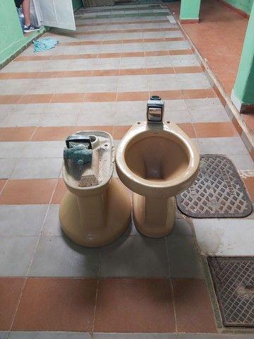 Conjuntos de vasos sanitário com válvula de parede  - Foto 5