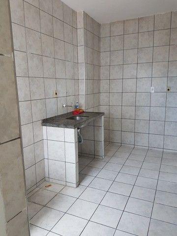 Apto. Parangaba, 3 quartos, R$ 1000, sem condomínio em frente ao Terminal da Lagoa - Foto 7