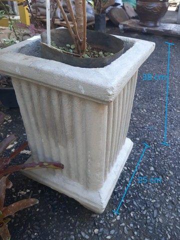 Vasos variados de cimento para plantas - Foto 5
