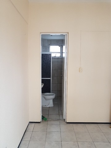 Apto. Parangaba, 3 quartos, R$ 1000, sem condomínio em frente ao Terminal da Lagoa - Foto 18