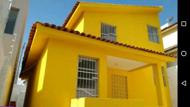 Vendo uma casa no Residencial Alto da Serra com 3 quartos em frente a TV Paraíba