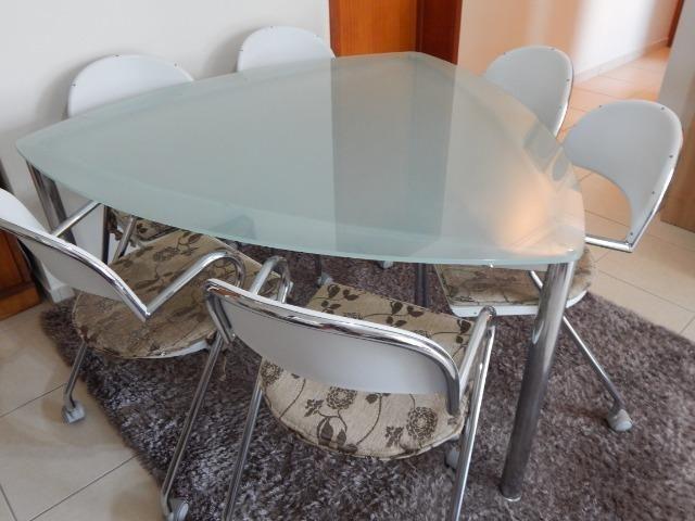Mesa de Jantar Triangular Vidro 6 Cadeiras