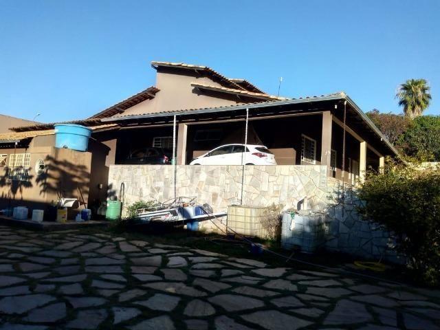 Ótima casa com lote de 1000M² 4 Qtos sendo 3 suítes | 6 vagas | lazer - Foto 15