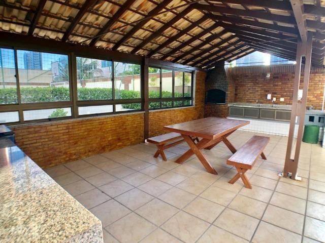 Apartamento no Guararapes - 192m² - 3 Suítes - 3 Vagas (AP0620) - Foto 18