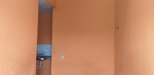 Vendo prédio de 3 pavimentos, c/8 kitinetes + ponto comercial, no Quintino Cunha - Foto 12