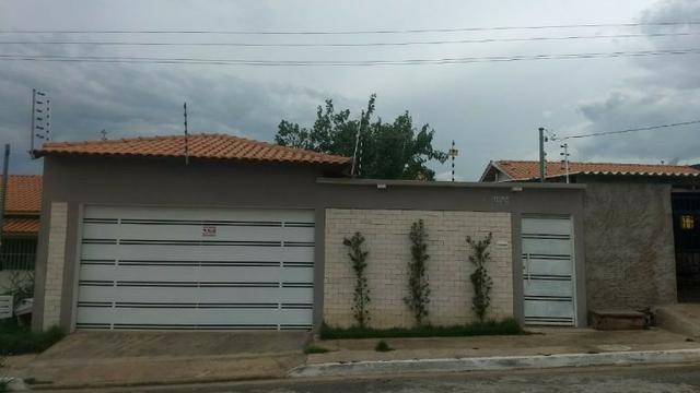 Casa pra vender em casa amarela