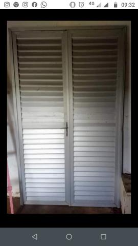 Porta de alumínio ( usada)