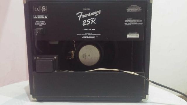 Cubo Fender Frotman 25r