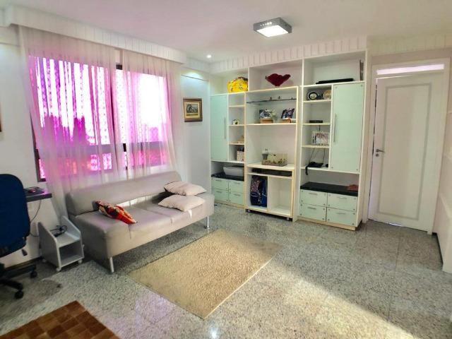 Apartamento no Guararapes - 192m² - 3 Suítes - 3 Vagas (AP0620) - Foto 6