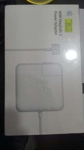 Carregador de macbook Pro