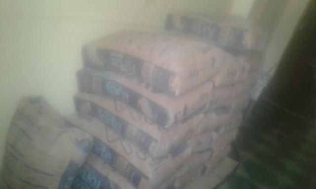 Vendo 19 sacas de cimento 480 reais - Foto 2