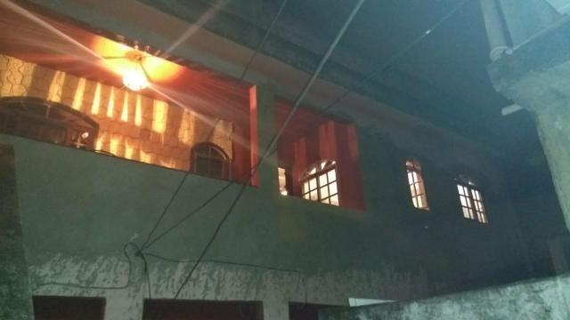 Vendo casa localizada em Mesquita no Bairro Santo Elias - Foto 5