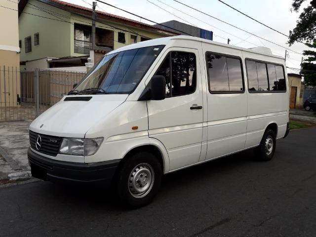 Sprinter 312-D 2001 16lugares