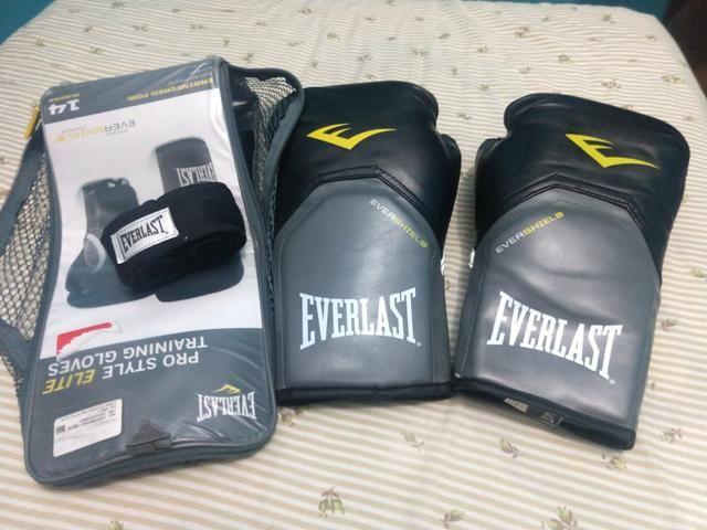 Luva Everlast Nova - Esportes e ginástica - Amendoeira 019eef9597840
