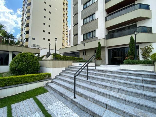 Permuta, 3 suites 3 vagas, 1 por andar, 240m2 - Jd. Analia Franco