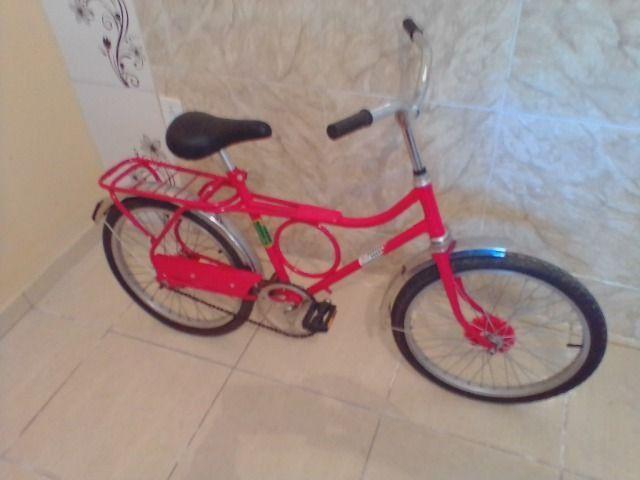 Bicicleta antiga monark barra circular aro 20 vermelha - Foto 6