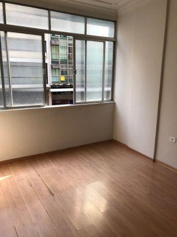 Apartamento lindo no centro aceito deposito de 1 mes direto com o proprietario  - Foto 15