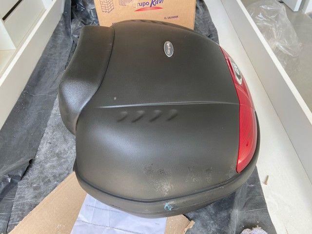 Bau moto Givi E450 Simply 45l + Encosto