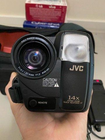 Câmera VHS JVC GR-AX710