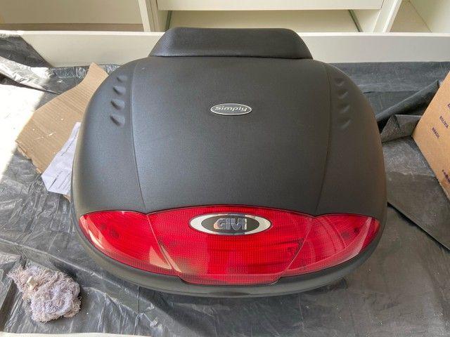 Bau moto Givi E450 Simply 45l + Encosto - Foto 2