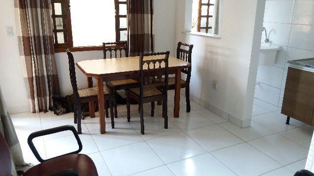 Apt. de um quarto, contrato anual em Canasvieiras