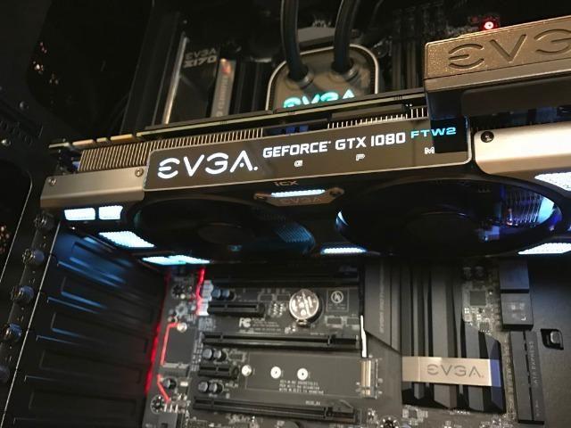 Placa De Vídeo Nvidia Evga Geforce Gtx 1080 8gb Ftw2 Dt Icx