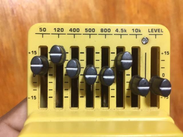 ÓTIMO pedal equalizer Behringer